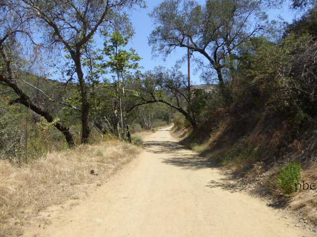 Black-Star-Canyon-Trail